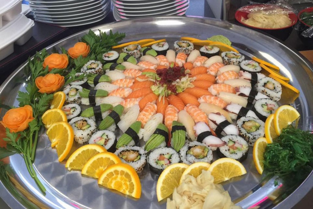 sushi nykvarn öppettider