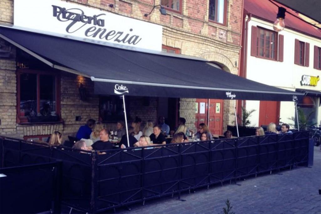 pizzeria venedig tranås öppettider